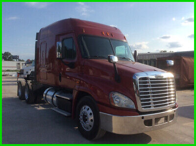 2015 Freightliner cascadia Mid Roof Used